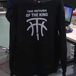Sample printing by black sweater by A2 t-shirt printer WER-D4880T